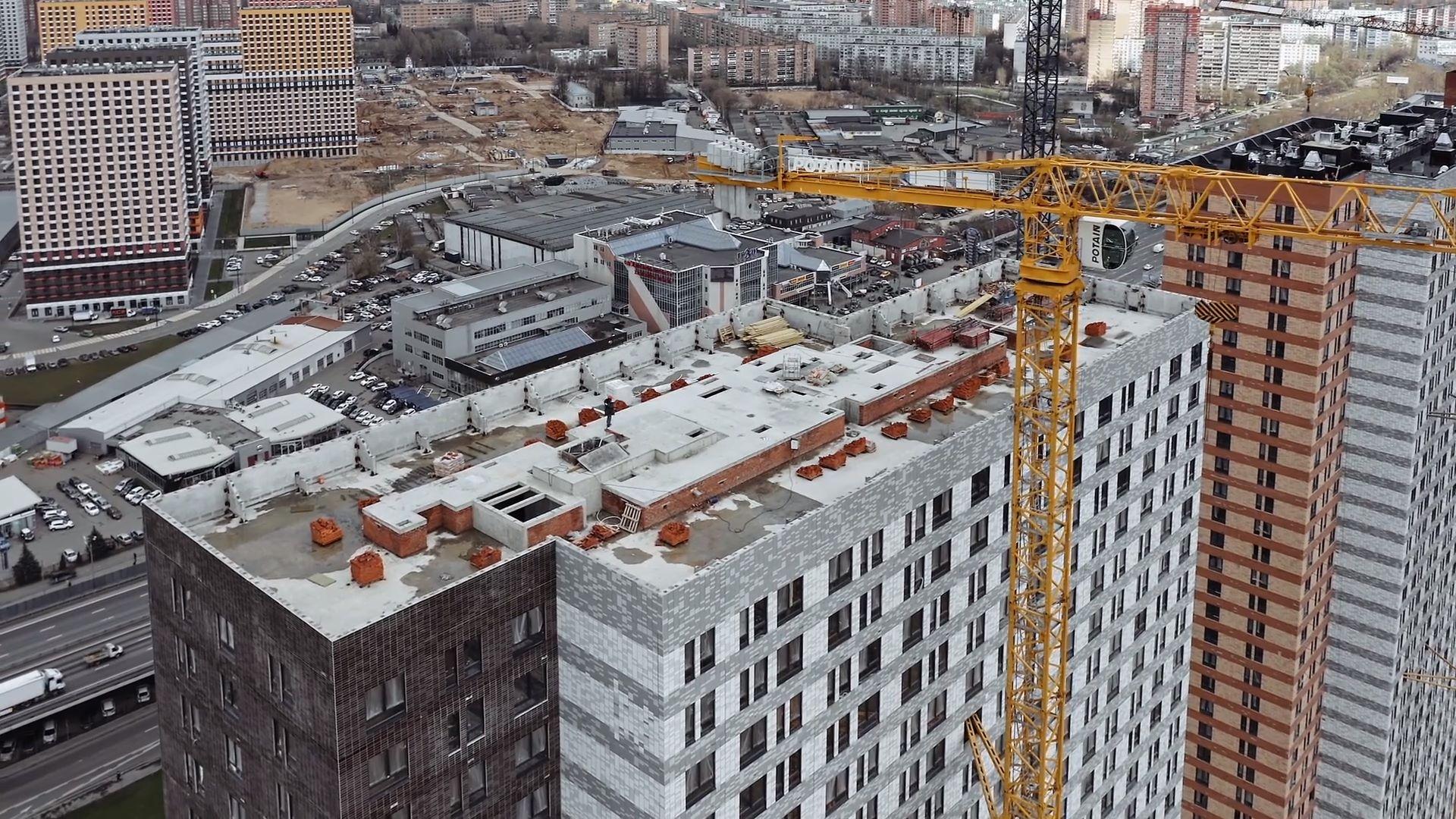 Видео строительства от 22 апреля 2021